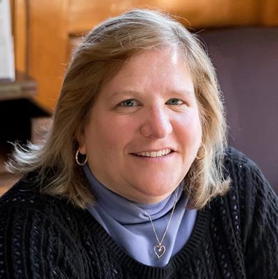 Suzanne Card
